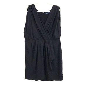 Pretty black dress crossed